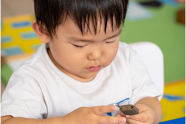 Student learning through the Montessori Method